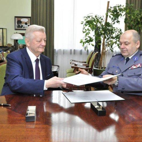 Porozumienie Akademii Górniczo- Hutniczej i Komendy Miejskiej Policji w Krakowie
